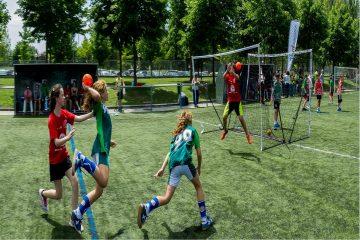 O jakim wyposażeniu należy pamiętać grając w piłkę ręczną?