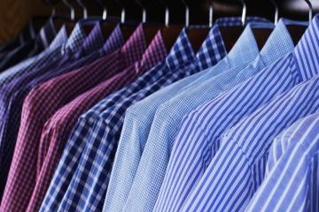 Kolor koszuli. Jak wybrać idealny odcień dla nas?