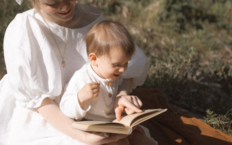 czytanie dziecku książki